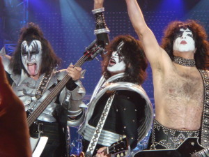 Gene Simmons, Tommy Thayer und Paul Stanley © Oliver Stollorcz