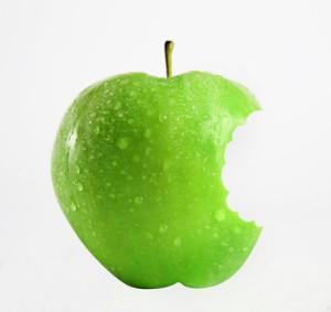 Äpfel = Zahnpflege? © Albert Schleich - Fotolia.com