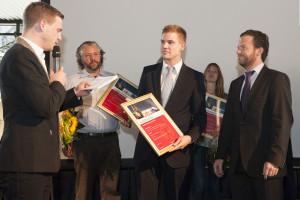 Lars Kilchert & Dr. Benedikt Zacher von Pflege.de bei der Preisverleihung © HMA 2012
