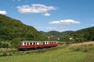 Bahnreise durch das Gebirge
